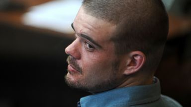 PHOTO: Dutch national Joran Van der Sloot is pictured during a hearing at the Lurigancho prison in Lima, Jan.11, 2011.