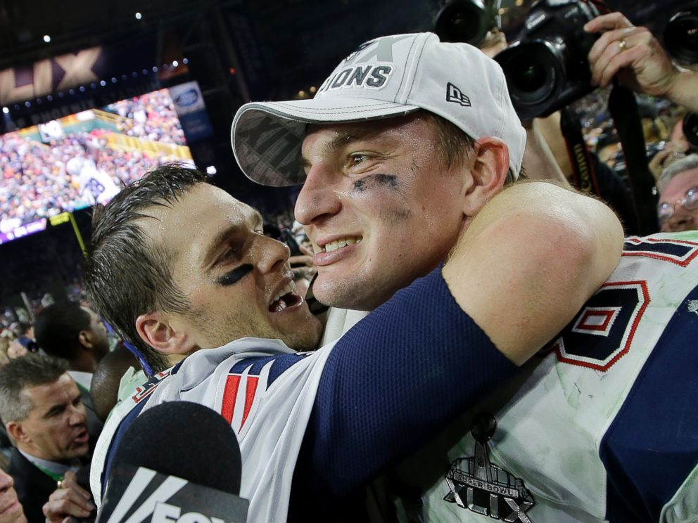 PHOTO: New England Patriots quarterback Tom Brady, left, and Rob Gronkowski celebrate after the Patriots beat the Seattle Seahawks in the NFL Super Bowl XLIX football game, Feb. 1, 2015, in Glendale, Ariz.