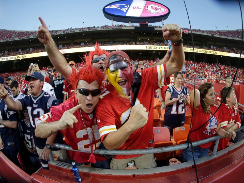 PHOTO: Football fans cheer before the start of an NFL football game between the Kansas City Chiefs and the New England Patriots at Arrowhead Stadium, Sept. 29, 2014, in Kansas City, Mo.