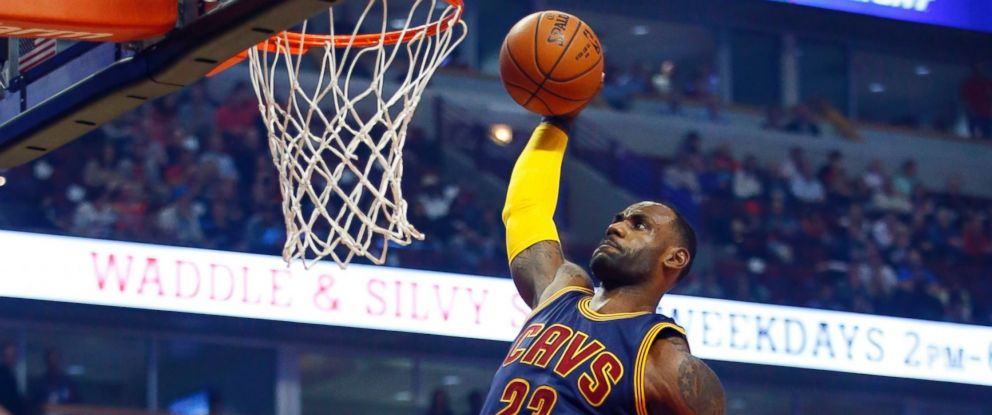 PHOTO: Cleveland Cavaliers forward LeBron James (23) dunks during the first half of an NBA basketball game against the Chicago Bulls in Chicago, on Oct. 27, 2015.