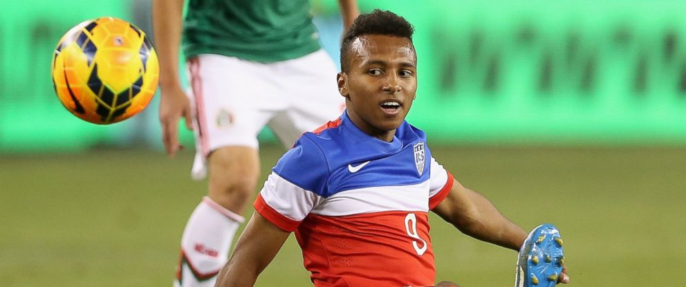 PHOTO: Julian Green #9 of USA handles the ball during the International Friendly against Mexico at University of Phoenix Stadium on April 2, 2014 in Glendale, Arizona. Mexico and USA played to a 2-2 tie.