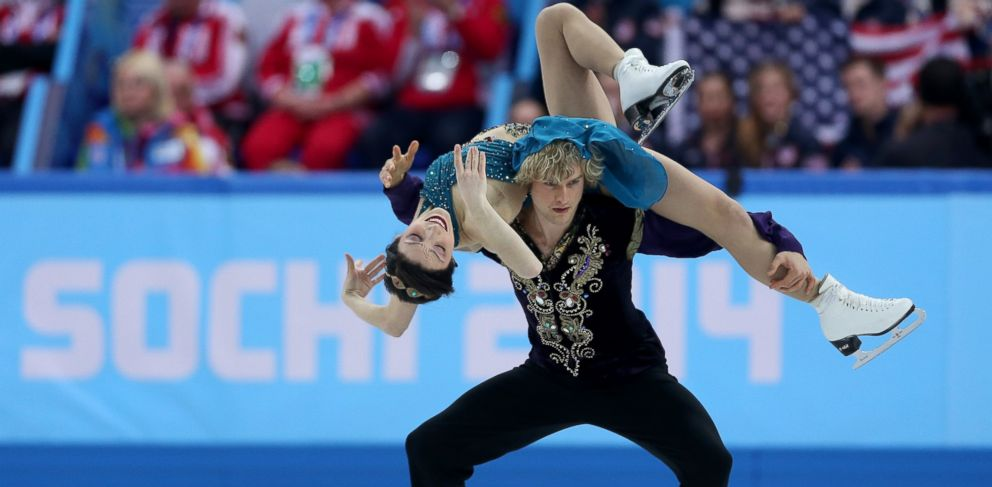 PHOTO: Meryl Davis and Charlie White of the United States compete in the Team Ice Dance Free Dance