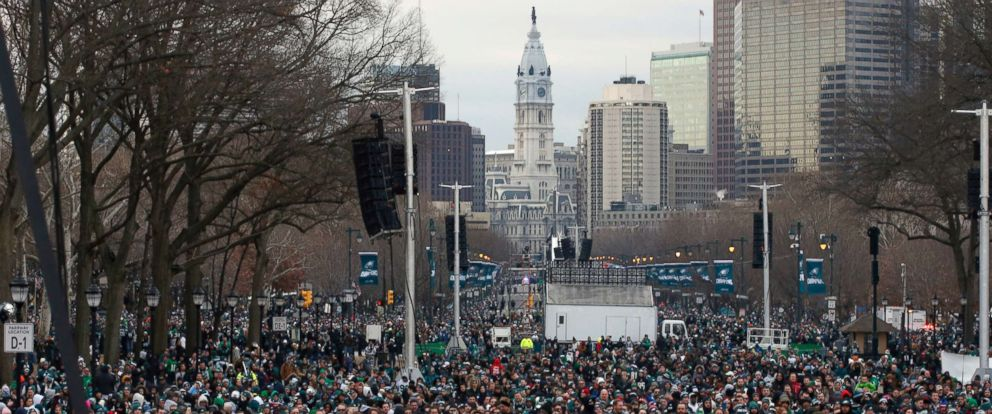PHOTO: Fans line Benjamin Franklin Parkway before a Super Bowl victory parade for the Philadelphia Eagles football team, Feb. 8, 2018, in Philadelphia.