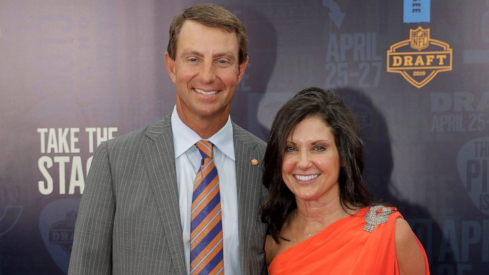 Dabo Swinney signs largest college football contract ever ...