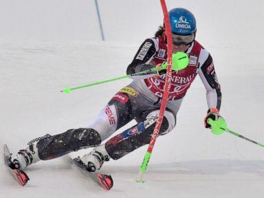 Vlhova, Gisin share 1st-run lead in slalom, Shiffrin 4th