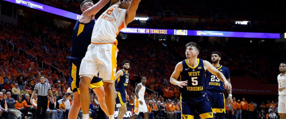 No. 1 Vols beat West Virginia 83-66 for 14th straight win - ABC News