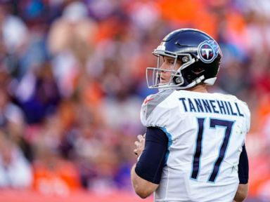 Vrabel: Titans switch to Tannehill at QB looking for spark