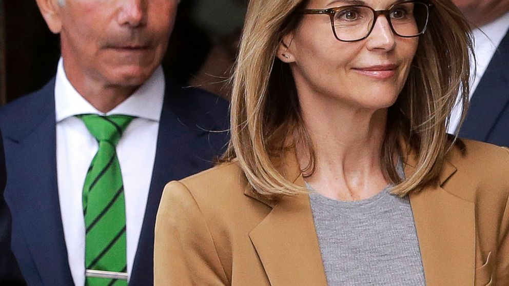 Loughlin, husband expected in court amid spat over lawyers thumbnail