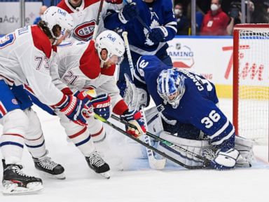 Campbell wins Toronto-record 10th straight, Maple Leafs roll