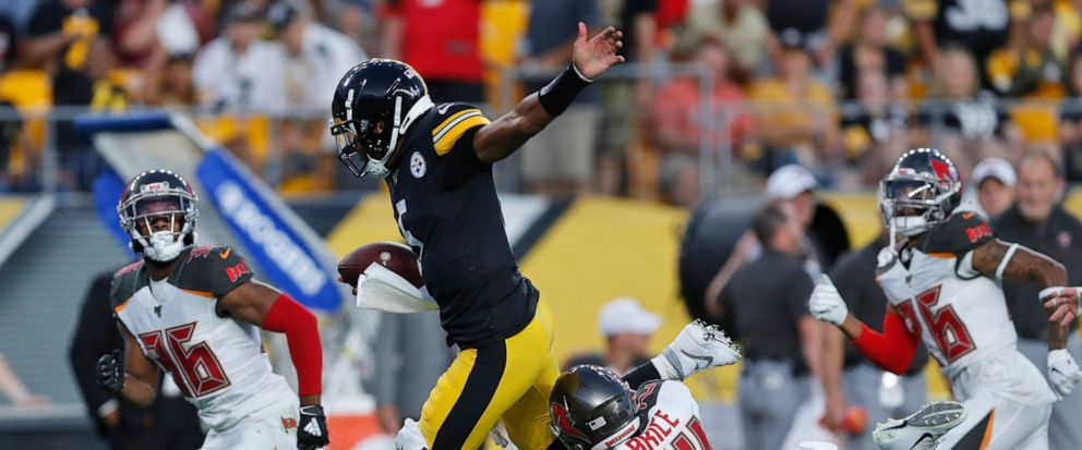 1ccc985e Dobbs, Rudolph lead Steelers to 30-28 win against Bucs - ABC News