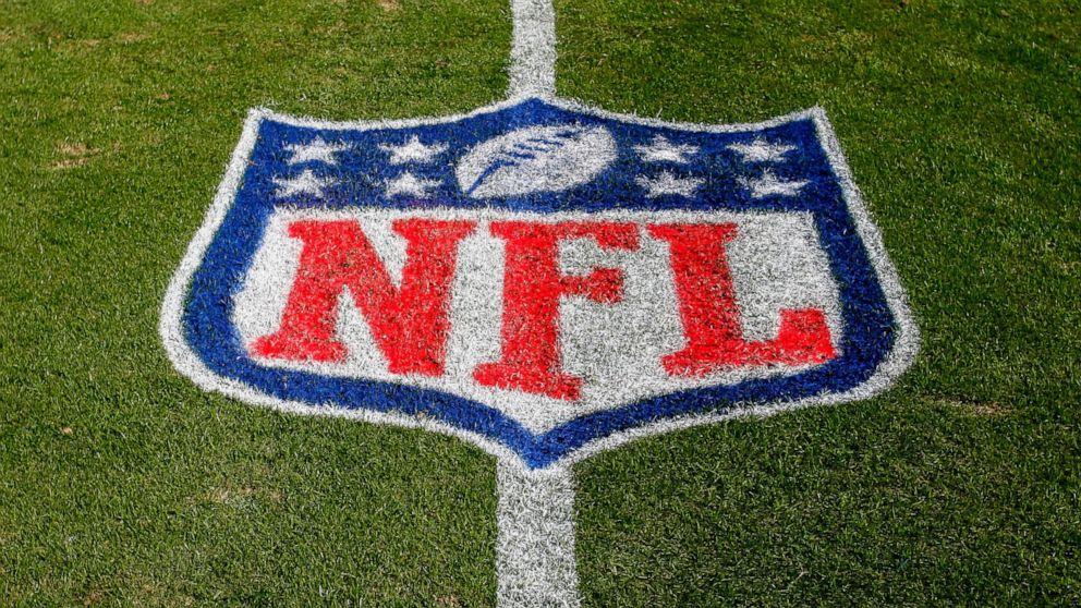 Lab blames 77 false NFL COVID-19 positives on contamination thumbnail