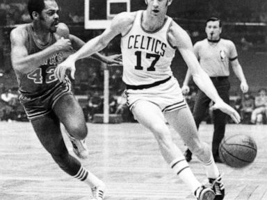 brand new 8a647 500d8 John Havlicek, Boston Celtics great, dies at 79 - John Havlicek, the Boston  Celtics great whose steal of Hal Green s inbounds pass in the final seconds  of ...