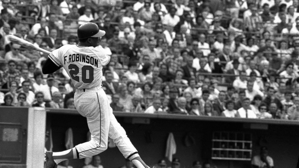Hall of Famer, pioneering manager Frank Robinson dies at 83 thumbnail