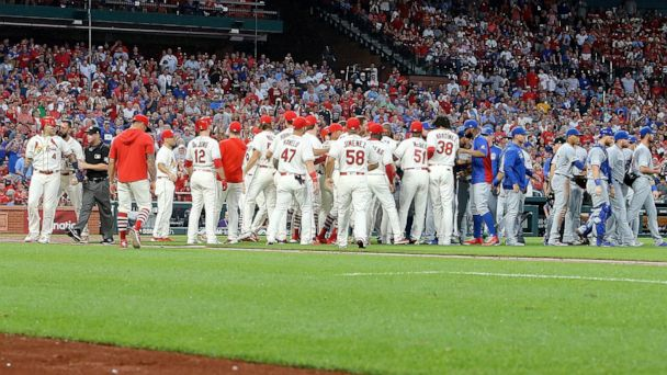Molina, Hamels spark benches-clearing fracas at Cards-Cubs