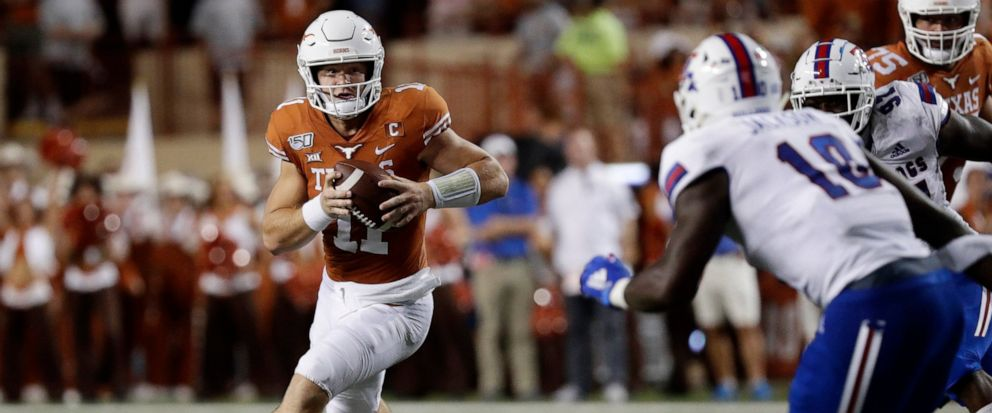 Ehlinger S 4 TD Passes Lead No 10 Texas Over Louisiana Tech
