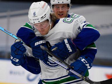 Boeser scores twice, Canucks beat Oilers 5-3