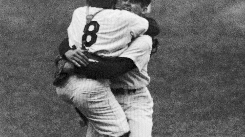Larsen, der warf nur perfekt World Series Spiel, stirbt bei 90