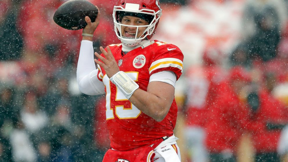 Wondrous Chill Out Chiefs Andy Reid Urges Kc Fans To Nix Snowballs Bralicious Painted Fabric Chair Ideas Braliciousco
