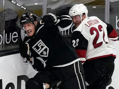 Grundstrom's goal caps Kings' rally for 4-3 win over Coyotes