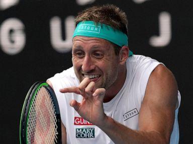 Sandgren gets OK to fly to Australia despite COVID-19 result