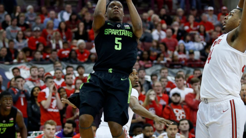 No 8 Michigan State Holds Off No 14 Ohio State 86 77 Abc