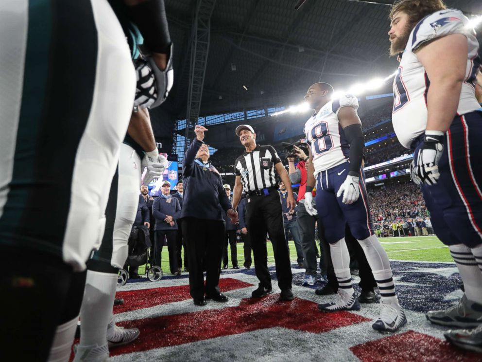 PHOTO: The Philadelphia Eagles and New England Patriots participate in the coin toss prior to the NFL Super Bowl LII football game on Feb. 4, 2018 in Minneapolis.