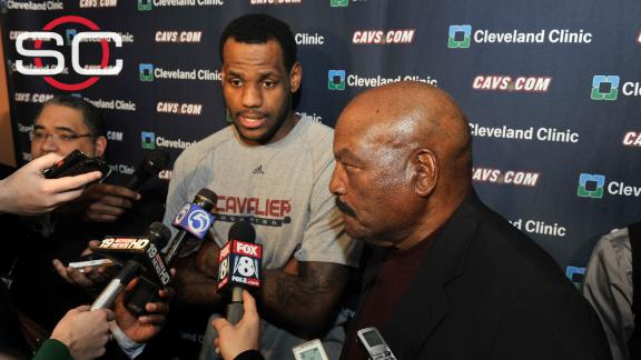 ce3ad0b2ddd Jim Brown honored by LeBron James acknowledgement before Game 3 ...