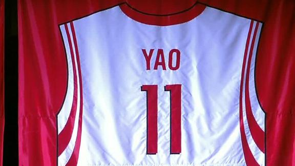 huge selection of 7ce39 f6be3 Rockets celebrate Yao Ming as Hall of Famer's No. 11 jersey ...