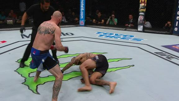 Cowboy Cerrone Pulls Off Late First Round Finish Over Yancy Medeiros