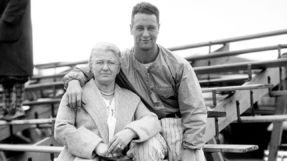 Lou Gehrig and his mother, Christina Fack Gehrig