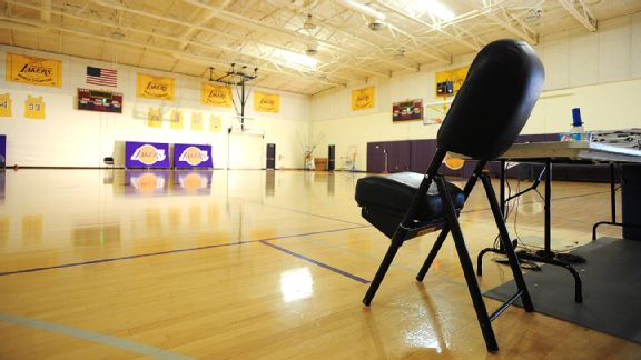 Lakers chair