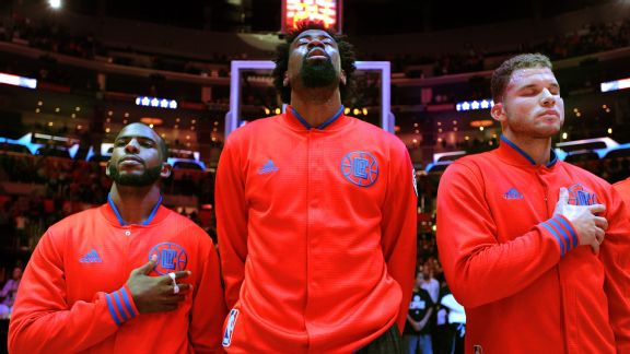 5-on-5: Should the Clippers make big moves, or give it one