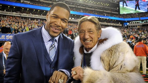 PHOTO: Former NFL players Michael Strahan, left, and Joe Namath attend the Pepsi Super Bowl XLVIII Pregame Show at MetLife Stadium on Feb. 2, 2014 in East Rutherford, New Jersey.