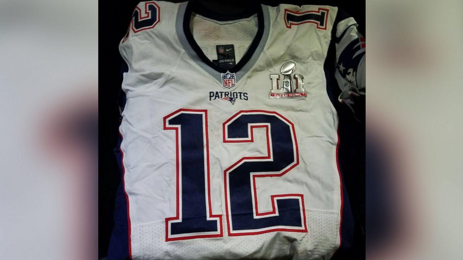 Tom Brady s Super Bowl jersey resurfaces in new photo - ABC News 543aa5534