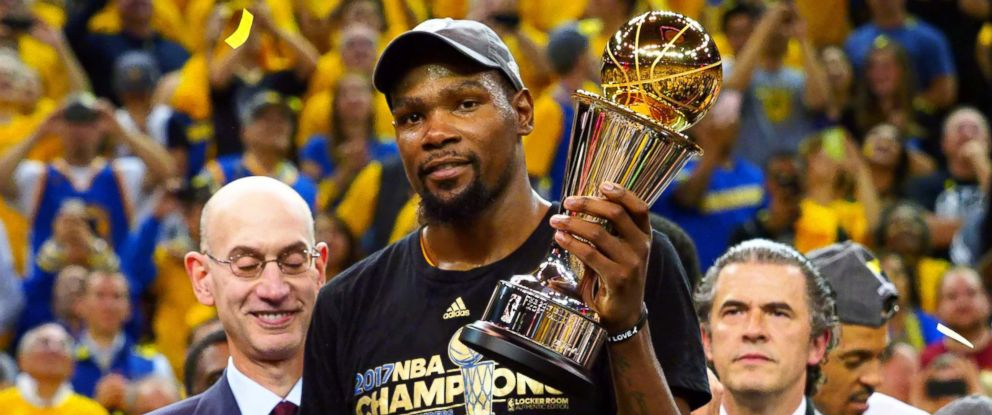 4b0fa533728a PHOTO  Kevin Durant was named NBA finals MVP for the Golden State Warriors  after the