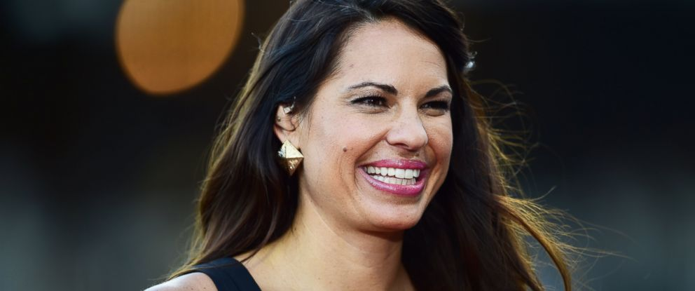 PHOTO: Former star softball player Jessica Mendoza will be the first female analyst to broadcast a post-season Major League Baseball game tonight, Oct. 6, 2015.