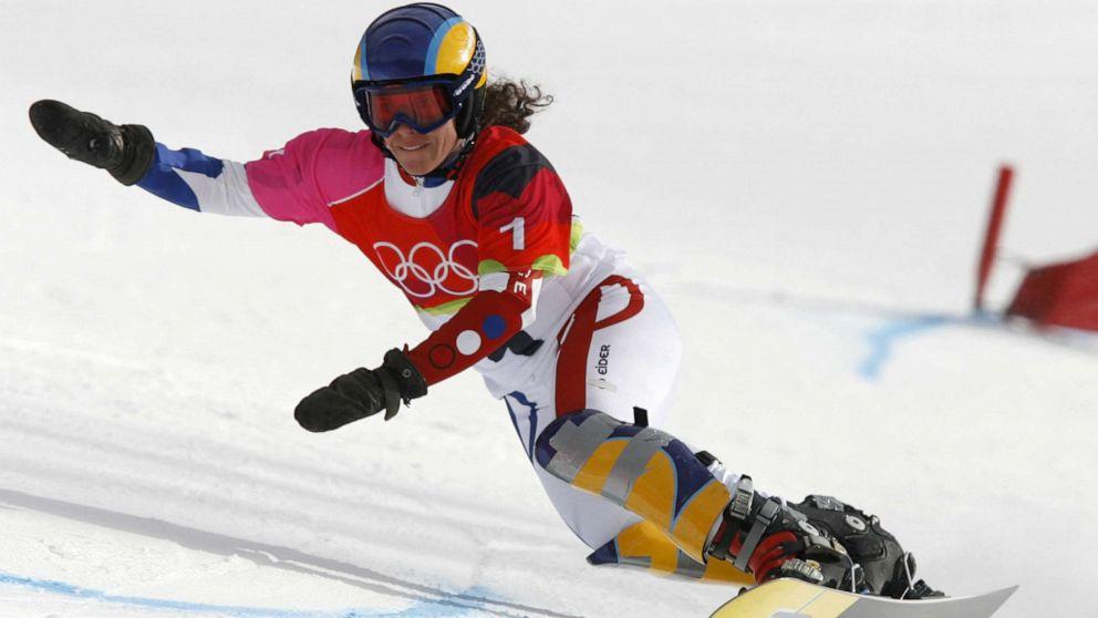 Former Olympic snowboarder Julie Pomagalski dies in avalanche