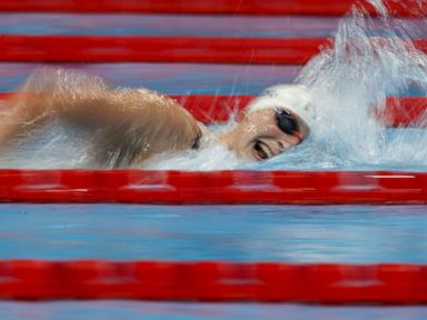 Americans make swim history in Tokyo