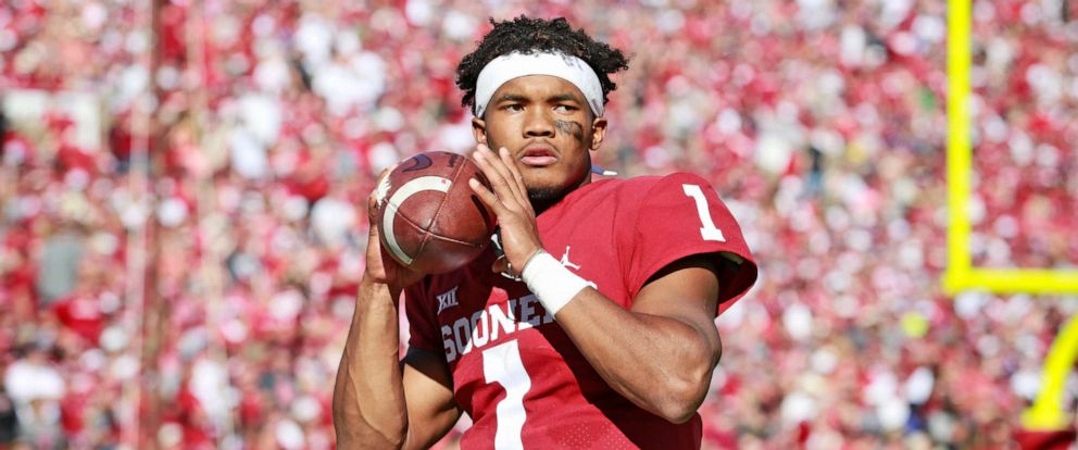 PHOTO: Quarterback Kyler Murray of the Oklahoma Sooners warms up on the sidelines during the game against the Kansas State Wildcats at Gaylord Family Oklahoma Memorial Stadium on Oct. 27, 2018 in Norman, Okla.