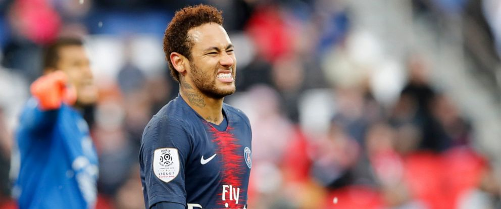PHOTO: PSGs Neymar reacts after missing a scoring chance during the French League One soccer match between Paris Saint-Germain and Nice at the Parc des Princes stadium in Paris, France, Saturday, May 4, 2019.