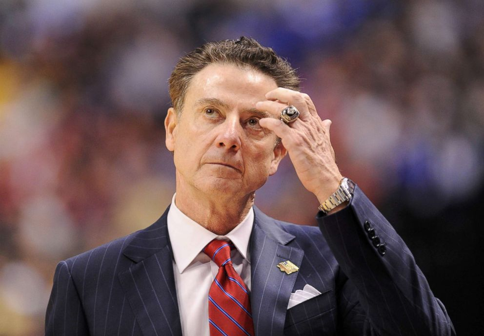 PHOTO: Louisville Cardinals head coach Rick Pitino reacts against the Michigan Wolverines during the second half in the second round of the 2017 NCAA Tournament in Indianapolis, March 19, 2017.
