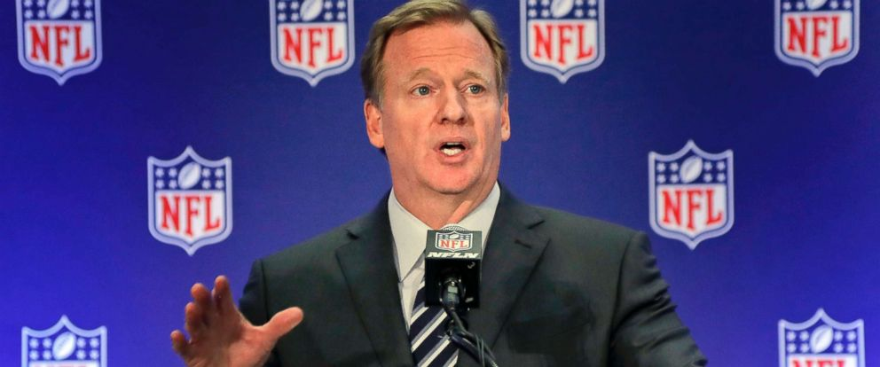PHOTO: NFL commissioner Roger Goodell speaks during a news conference, Oct. 18, 2017, in New York.