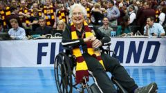 PHOTO: Sister Jean Dolores-Schmidt celebrates after the Loyola Ramblers beat the Tennessee Volunteers at the 2018 NCAA Tournament at the American Airlines Center, March 17, 2018, in Dallas.