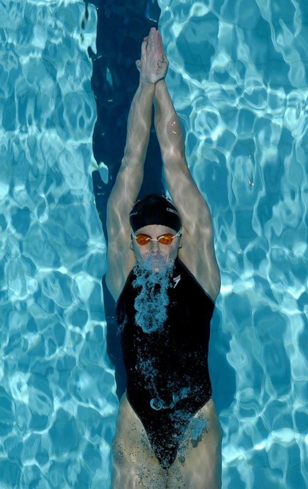 Susan Woessner swims in the preliminary heats of the women's 100M backstroke during the US Swimming National Championships at the IU Natatorium, April 4, 2003, in Indianapolis, Indiana.