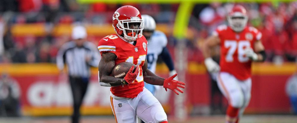 PHOTO: Wide receiver Tyreek Hill #10 of the Kansas City Chiefs runs up field after catching a pass against the Tennessee Titans during the first half of the game at Arrowhead Stadium, Jan. 6, 2018, in Kansas City, Missouri.