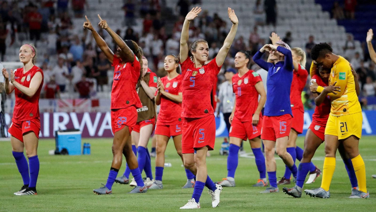US vs. England in World Cup: US wins as Megan Rapinoe has 'minor strain' -  ABC News