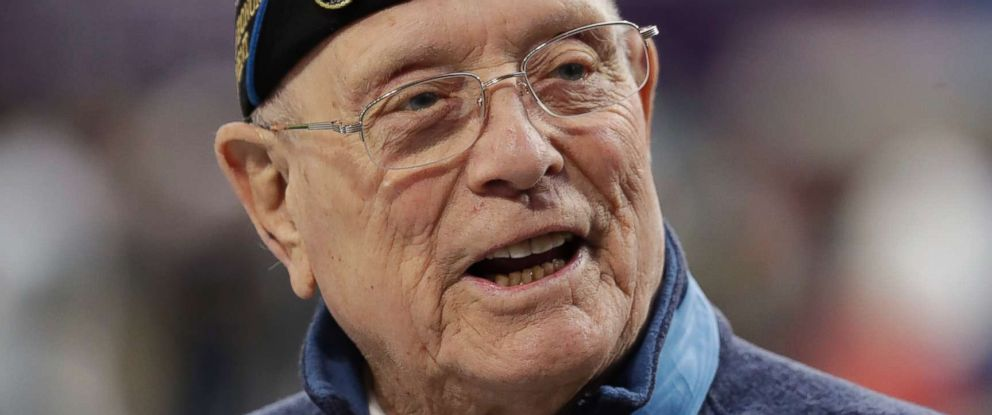 PHOTO: Woody Williams, 94, the only living Marine Medal of Honor recipient from World War II, assists with the coin toss of the NFL Super Bowl 52 football game between the Philadelphia Eagles and the New England Patriots, Feb. 4, 2018, in Minneapolis.