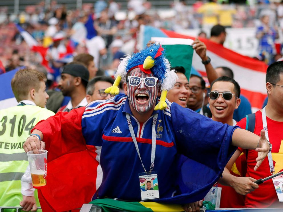 PHOTO: Frances fans cheer for their team before the FIFA World Cup 2018 final between France and Croatia in Moscow, Russia, July 15, 2018.