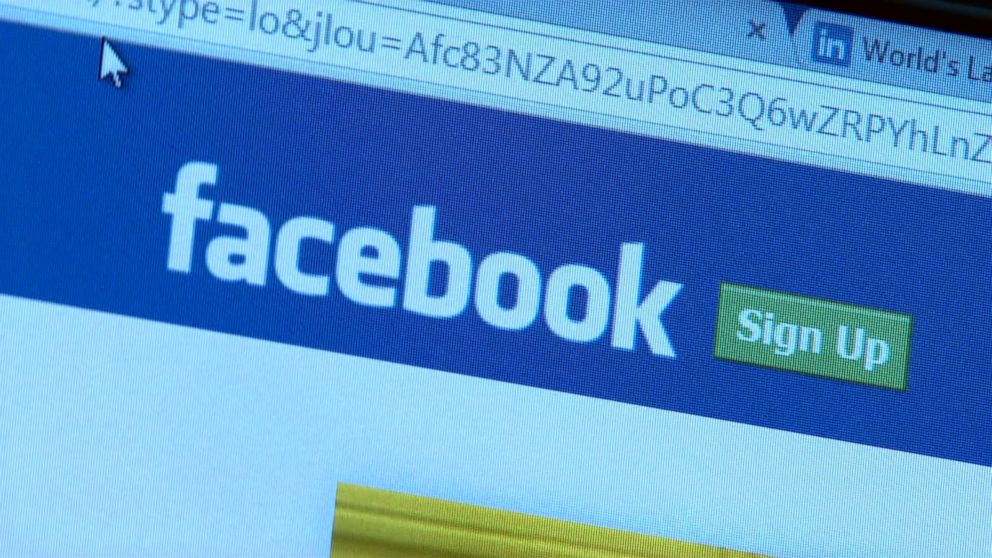 Facebook CEO Mark Zuckerberg to Hold Meeting With