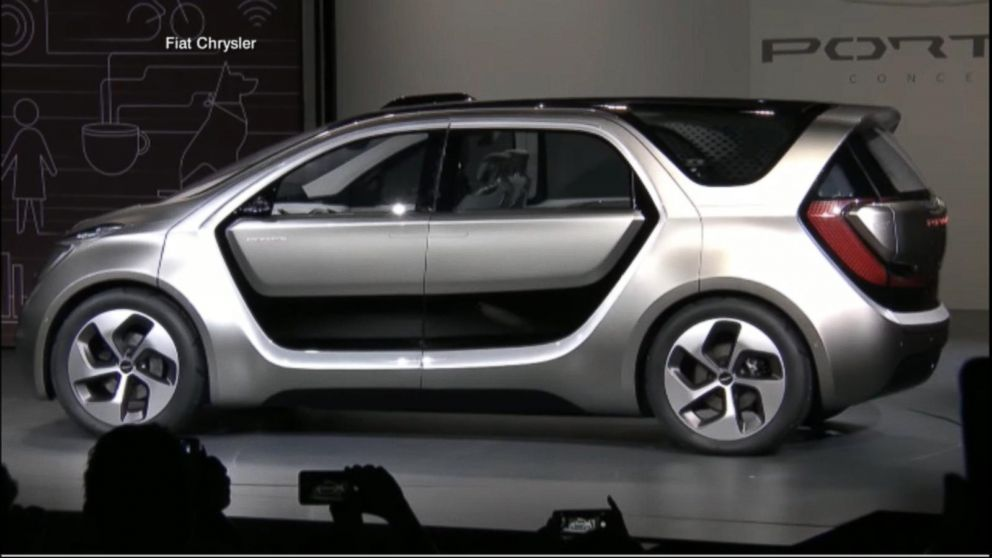 Fiat Chrysler Unveils Portal Concept Car At Ces 2017